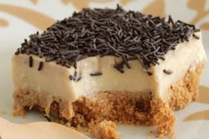 Η πιο νόστιμη και εύκολη τούρτα χωρίς θερμίδες!