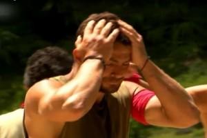 Αυστηρώς ακατάλληλο: Γυμνή γυναίκα πίσω από τον Αγγελόπουλο στα γυρίσματα του Survivor! (Photo)