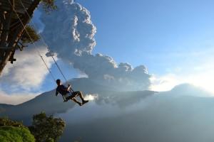 H φωτογραφία της ημέρας: Αγναντεύοντας μια έκρηξη ηφαιστείου!