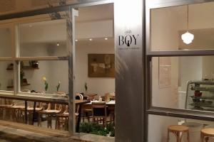 Ohh Boy: Το Παγκράτι υποδέχεται το πιο χαρούμενο και γλυκό μαγαζί της Αθήνας