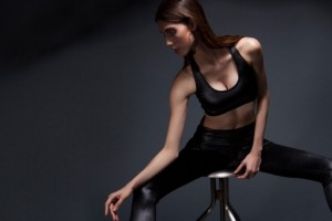 Το νέο trend στα αθλητικά ρούχα είναι αυτό με το οποίο θα κάνουμε όλες γυμναστική σε λίγο καιρό