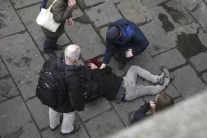 Τραγικά τα νέα από το Λονδίνο: Μία γυναίκα νεκρή από την επίθεση!