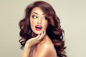 Πως να πετύχετε τον περισσότερο όγκο στα μαλλιά στο λιγότερο χρόνο!