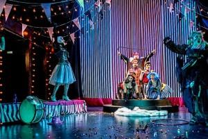 Κριτική θεάτρου: «Βικτώρ ή τα παιδιά στην εξουσία (Το μουσικό έργο)» του Ροζέ Βιτράκ στο Θέατρο Τέχνης «Καρόλου Κουν» (Φρυνίχου)