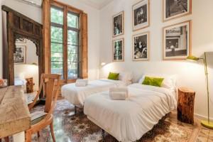 Ανακαλύψαμε το καλύτερο B&B hotel στη Βαρκελώνη! Σε εξαιρετική τοποθεσία, υπέροχο design, homey ατμόσφαιρα και 9,4 βαθμολογία!