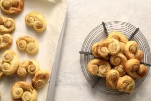 Φτιάξτε μόνοι σας πανεύκολα μπισκότα σφολιάτας - palmiers