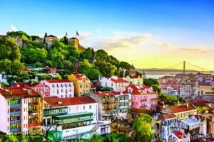 Έχουμε 5+1 λόγους για να πάτε στην Πορτογαλία και δεν είναι οι προφανείς!
