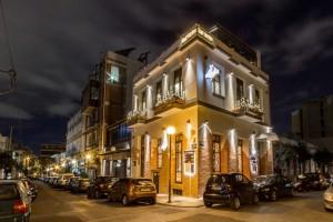 Ο απόλυτος προορισμός για φαγητό και cocktail στο Γκάζι βρίσκει καταφύγιο στο Barrio Restaurant Bar