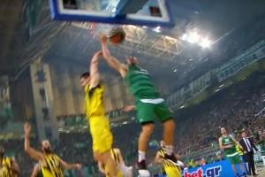 Euroleague: Στην κορυφή του Top 5 το φοβερό κάρφωμα του Τζέιμς (video)