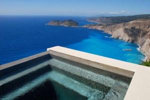 Το ομορφότερο σπίτι του πλανήτη; Σε ποιο ελληνικό νησί βρίσκεται και ποια η ειδυλλιακή του θέα; (photos)