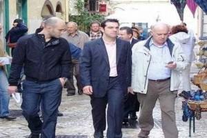 """Άγριο γιουχάρισμα στον Αλέξη Τσίπρα στην Κέρκυρα: """"Να πάτε στο...""""! (video)"""