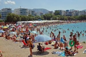 """Έρχεται καύσωνας: Αυτές είναι οι 10 κορυφαίες παραλίες της Αττικής για να """"αποδράσετε"""" το σαββατοκύριακο! (Photos)"""