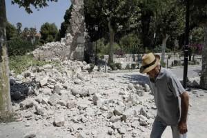 Τα πρώτα στοιχεία μετά τον φονικό σεισμό στην Κω: Μη κατοικήσιμα 32 σπίτια και 13 καταστήματα