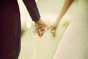 Κρίση στον γάμο σας; Σε αυτό το χωριό έχουν έναν πολύ παράδοξο τρόπο να την λύσουν και να σώσουν τη σχέση σας!