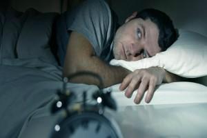 Υποφέρεις από αϋπνίες; Δες τι πρέπει να φας το βράδυ για να κοιμηθείς σαν πουλάκι!
