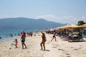 Επιτέλους καλοκαίρι: Ιδανικός ο καιρός για παραλία σ' όλη την Ελλάδα! Πόσο θα φτάσει ο υδράργυρος;