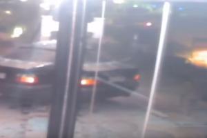 Σοκαριστικό βίντεο: Αυτοκίνητο εισέβαλε με απίστευτη ταχύτητα σε μπαρ στην Κέρκυρα!