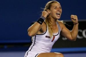 Διάσημη αθλήτρια του τένις ανάβει φωτιές στη Μύκονο! (photos - video)