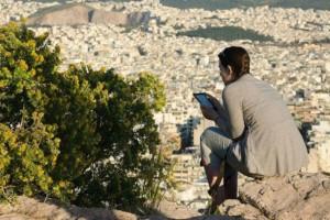 Μοναδικό αφιέρωμα του CNN στην Αθήνα: Φάε, Μείνε, Παίξε: Εκεί που το καινούριο συναντά το παλιό