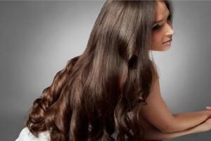 Γκρίζα μαλλιά: Δες πώς θα το αντιμετωπίσεις όταν εμφανιστούν για πρώτη φορά!