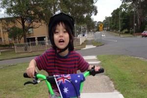 Βαρκελώνη: «Ραγίζει» καρδιές ο θάνατος του 7χρονου Τζούλιαν - Τραγική φιγούρα ο πατέρας που ταξίδεψε από το Σίδνεϊ για να τον αναγνωρίσει