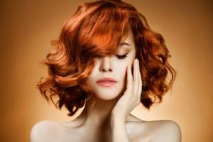 Μήπως χρησιμοποιείς με λάθος τρόπο τον αφρό στα μαλλιά σου; - Έξυπνες συμβουλές που θα σου λύσουν τα χέρια!