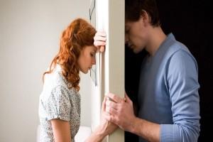 3 πράγματα που πρέπει να σταματήσεις να κάνεις αμέσως μετά από έναν χωρισμό!