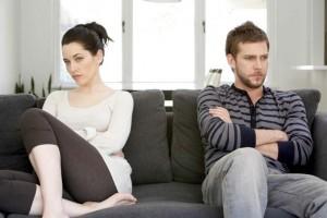 Πώς η ζήλια «σκοτώνει» τη σχέση;