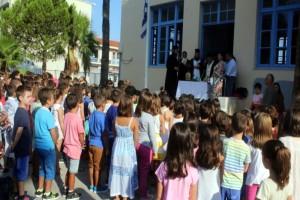 Επιστροφή στα θρανία: Πρώτο κουδούνι στα σχολεία της χώρας με πολλά κενά!