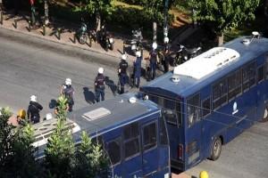 Πανικός στο κέντρο της Αθήνας: Κλειστή η Μεσογείων! (photos)