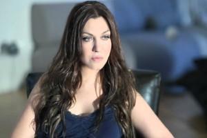 Καίτη Γαρμπή: Δείτε την τραγουδίστρια σε ρόλο... μαθήτριας! (Photo)