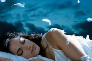 Τι σημαίνουν αυτά τα 4 πονηρά όνειρα που βλέπεις στον ύπνο σου;
