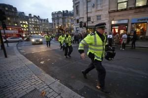 Συναγερμός στο Λονδίνο: Έκρηξη στον σταθμό Tower Hill του μετρό! (Photo & Video)