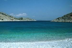 'Σε αυτό το νησί κολυμπάτε μέχρι τα Χριστούγεννα»! Ποιο ελληνικό νησί είχε εξυμνήσει ο Guardian;