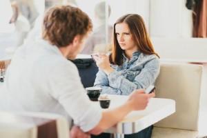 Πώς η χαμηλή αυτοεκτίμηση μπορεί να καταστρέψει την σχέση σου με το ταίρι σου!