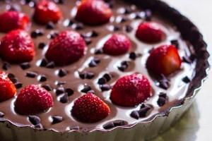 Ένα γλυκό σκέτη «κόλαση»! - Σοκολατίνα με φράουλες και μπισκότα!