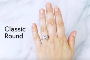 Όλα όσα πρέπει να ξέρετε πριν αγοράσετε δαχτυλίδι αρραβώνων! (video)