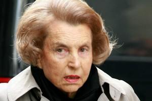 Πέθανε η πλουσιότερη γυναίκα του κόσμου - Το σκάνδαλο με τον Σαρκοζί που συγκλόνισε την ανθρωπότητα!