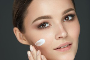 DIY μάσκα για λαμπερή και απαλή επιδερμίδα!