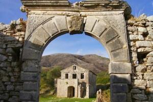 Το χωριό-φάντασμα της Κέρκυρας, στο οποίο έκανε εκτενές αφιέρωμα ο Independent!