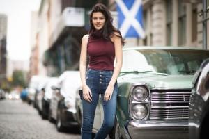 5 τρόποι να φορέσετε το ψηλόμεσο τζιν σας για να το αναβαθμίσετε!