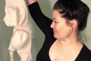 Video γεμάτο αλήθειες: Τα προβλήματα των γυναικών με μεγάλο στήθος!