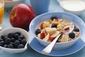 Καθαρίστε τις τοξίνες από το σώμα σας με αυτό το πρωινό και χάστε έως 5 κιλά σε έναν μήνα!