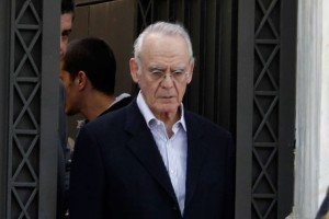 Αχόρταγος: 250.000 ευρώ διεκδικεί από το Δημόσιο ο Άκης Τσοχατζόπουλος!