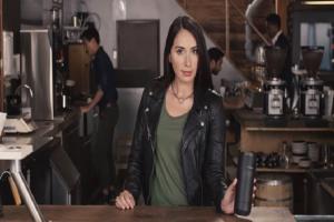 Θα την λατρέψεις! - Μια υπέροχη και πρωτότυπη «κούπα» για τον καφέ σου! (Video)