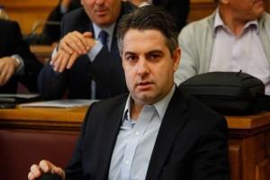 Αποσύρεται από την «κούρσα» της Κεντροαριστεράς για λόγους υγείας ο Οδυσσέας Κωνσταντινόπουλος