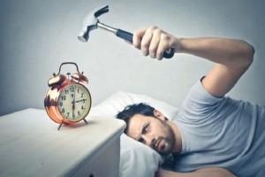 Ξυπνάς με νεύρα το πρωί; - Αυτά είναι τα 5 λάθη που κάνεις!