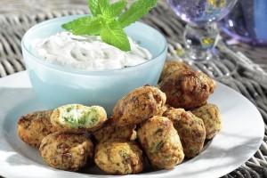 Η νόστιμη συνταγή της ημέρας: Κολοκυθοκεφτέδες με φέτα στο φούρνο!