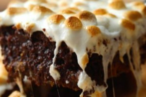 Brownies με καραμέλα, σοκολάτα και ζαχαρωτά!
