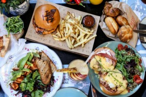 Penny Lane Comfort Food: Το μαγαζί στο Χαλάνδρι που θα φας το καλύτερο... brunch της ζωής σου!